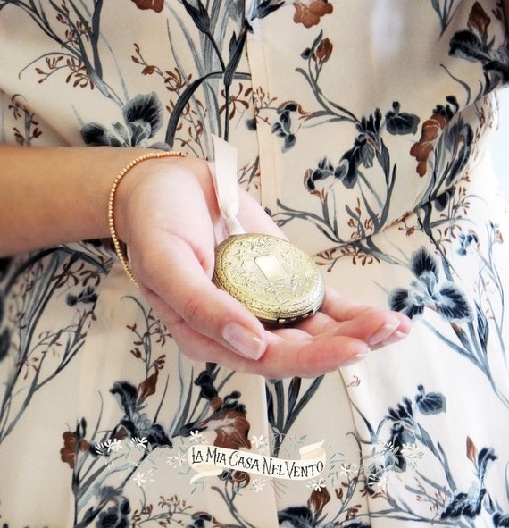 "Scirocco-Natural Solid Perfume Locket ""Scirocco"""