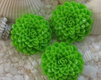 Resin Mum Flower Cabochon  - 24mm -  12 pcs - Bright Green