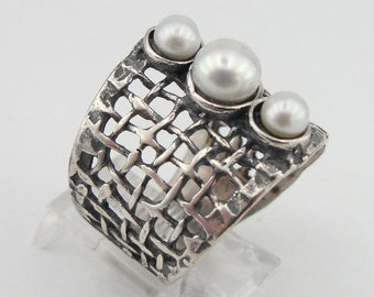 New Israeli Nets Handcrafted 925 Sterling Silver pearl Ring size 8.5, White Pearl Ring, Wedding, Birthday, Everyday, Gift (r 142b)