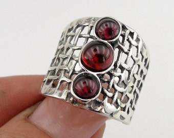 925 Silver Garnet Ring, Handcrafted Sterling Silver Ring, Ring size 7, Red Stone Ring, January birthstone, Gift for her (h 142b)