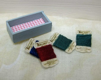 SALE. Dollhouse Miniatures. Wooden Box with 4 Vintage thread cards.