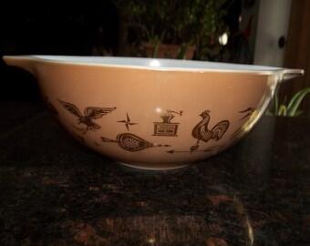 Americanca, Pyrex#444, Vintage, Cinderella  Mixing Bowl 4 Quart