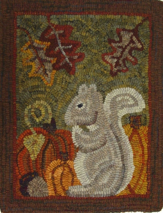 "Rug Hooking PATTERN, Silvia Squirrel, 14"" x 18"", J837, Woodland squirrel, Autumn Rug Design"