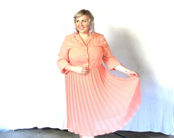 Peachy pleats- Vintage Dress- plus size- xxl