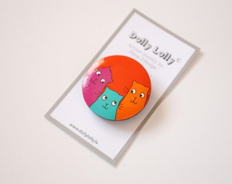 Hand painted wooden brooch with Cats