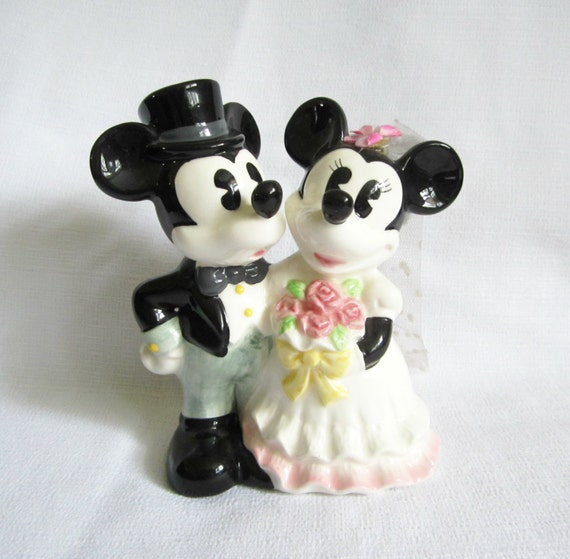 etsy disney wedding cake toppers disney mickey and minnie wedding cake topper 14045