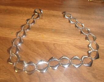 vintage necklace silvertone chain