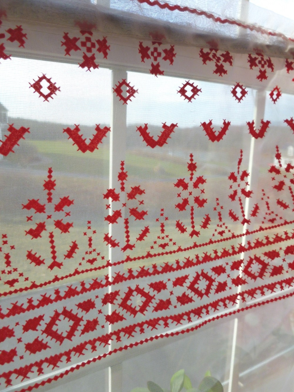 flocked sheer curtains red and white scandinavian style rod. Black Bedroom Furniture Sets. Home Design Ideas