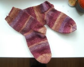 Handknit socks in a wooly blend size EU38 UK5