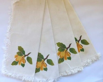 Creamy Linen Dinner Napkins place mats set of 4 Print floral accent
