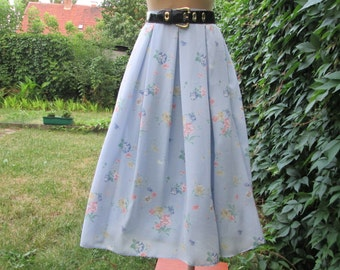Pretty Full Skirt Vintage / Small Size / EUR36 / UK8 / Lining / One Pocket / Lihgt Blue / Yellow / Green / Pink