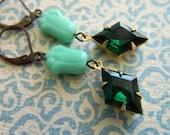 Emerald Earrings, Green Earrings, Mint Green Earrings, Art Deco Earrings, Floral Earrings, Spring Earrings, Shabby Chic, Emerald Green