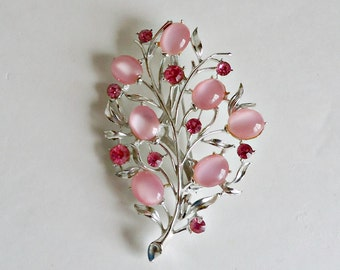 Brooch Pin Brooch Vintage Brooch Pink Lucite and Rhinestones