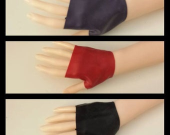 SAMPLE SALE: Latex Fingerless Mitts Gloves
