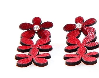 Iskin Florencia Earrings - Leather - Flowers - Contemporary Jewelry - Laser Cut leather - Designer