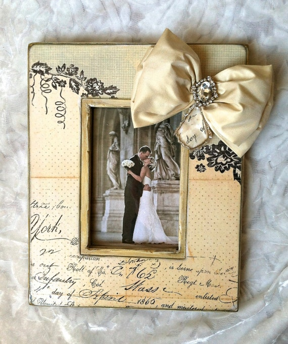 Photo Frame Wedding Bow Jewel French Floral Bling Diamond Crystal Lovely