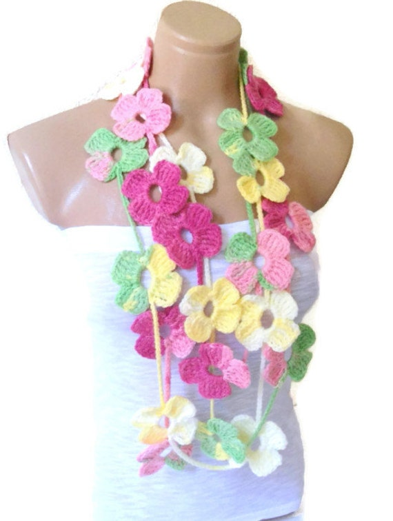 Items similar to Crochet Lariat necklace, Flower Lariat ...