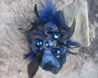 Brooch Pin handmade in Blues