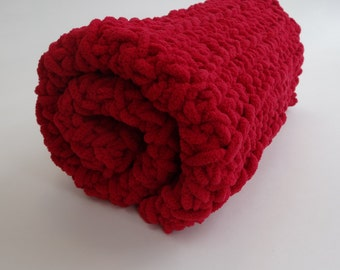 Crochet Cat Mat/Blanket- SCARLET