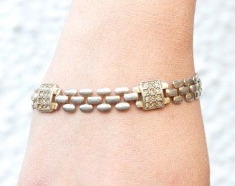 Vintage Gate Bracelet - Pale Golden toned - Oxidized Jewelry