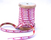 Woven Ribbon pigs on light pink, 1 cm width, 2 Meters (2.18 yard)