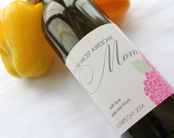 Awesome Mom Mothers Day - Custom Wine Bottle Label