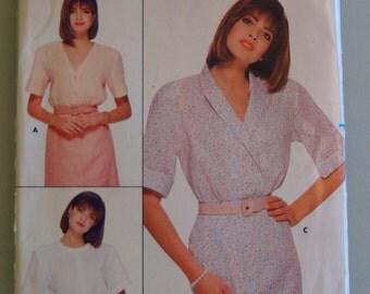 Vintage Butterick Womens Sewing Pattern 3692  size 8-10-12 Uncut