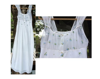 Maiden Empire Flowers Nightgown / Sheer Bodice w Dainty Flowers / Full Sweep Nightgown / Empire Waist / Size 34