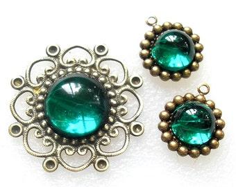 3 Piece Set of Glittery Emerald Green Pendants - Antiqued Brass