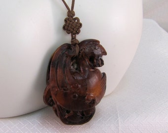Vintage Carved Boxwood Netsuke Bird Pendant