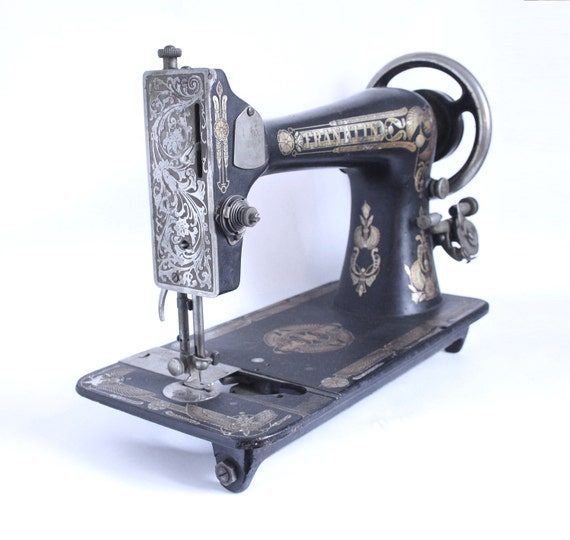 cast iron sewing machine