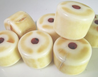10 Vintage 18mm Faux Antiqued Ivory Lucite Tribal Ethnic Tube Beads Bd1256