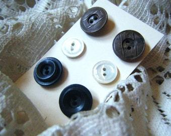 Button earrings, vintage earrings