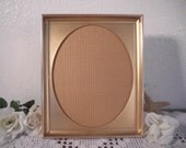 Vintage Ornate Oval Gold Metal Frame 8 x 10 Wedding Decoration Hollywood Regency Paris French Shabby Chic Cottage Victorian Home Decor