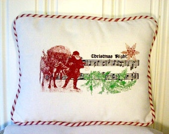 """shabby chic, feed sack, french country, vintage Santa graphic with gingham welting 12"""" x 16"""" pillow sham."""