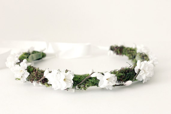 SALE. Woodland Floral Crown, Moss Halo, Bohemian, White Floral Crown, Spring, Hair Accessories, Bridal headpiece, Hair Crown, Wedding.