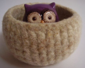 felted wool bowl container desktop organizer jewelry holder vanilla spice