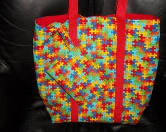 shopping bag with zippered purse in puzzle pattern