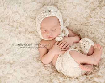 Newborn Set, Newborn Hat, Newborn Pants, Photo Prop, Cream