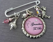 Grandma To Be Pin, Mom To Be, Pregnancy Announcement, Personalized Brooch, New Mom, Stork Charm, Baby Shower Gift Blue, Pink, Gender Reveal