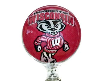 Wisconsin Badgers Badge Reel, WI Badgers ID Lanyard, Gift for Husband Wife, Round Glass Tile, Sports Enthusiast, Sports Lover Fathers Day