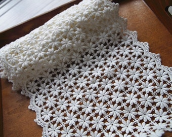 cotton lace trim with daisy flowers