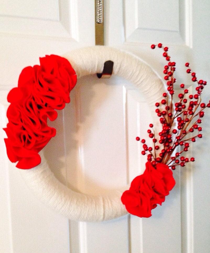 Valentine Wreath 16 inch, Red Berry Wreath, Christmas Wreath