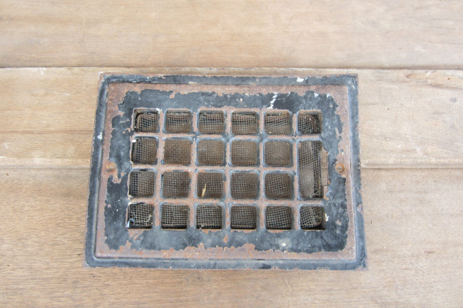 #846547 Only 1 Vintage Metal Heating Duct Cover Register Plate Ornate Best 3573 Heating Duct Covers photos with 1500x999 px on helpvideos.info - Air Conditioners, Air Coolers and more