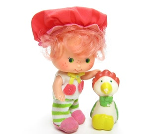 Cherry Cuddler Doll with Pet Gooseberry Vintage Strawberry Shortcake Baby Friend Toy