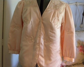 SARA BETH Vintage Women's Pale Peach Colored Bed Jacket with Gorgeous Embellishments