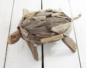 Beach Décor Driftwood Turtle by SEASTYLE