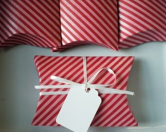 Valentines Pillow Box Set of 4 Paper Favor Boxes with Ribbon and Tags