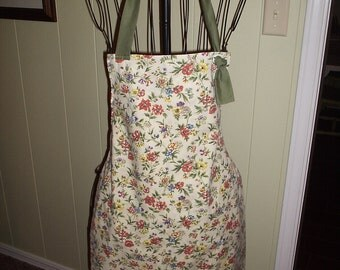 Free shipping.OOAK pillowcase apron, full butcher style, recycled, repurposed, upcycled. Women's size small/medium. Five ready to ship.
