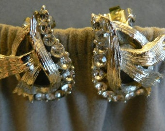 vintage jewels ...  Stunning SILVER RIBBON and PASTE stones clip back Earrings ...